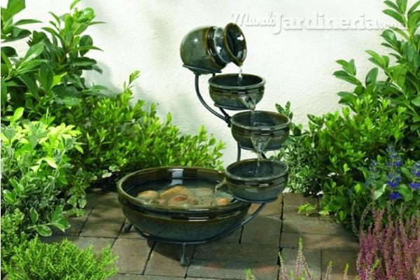 Instala la fuente que mejor se adapte al dise o de tu - Diseno de cascadas para jardin ...
